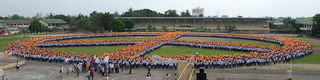 Gigantesco Simbolo de la Paz en Lucena