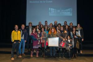 Montserrat medalla-ciutat-granollers-familia