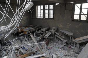 escola-bombardejada-foto-cristina-mas