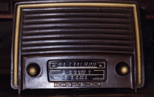 microfonos-antiguos-radio-philips1952
